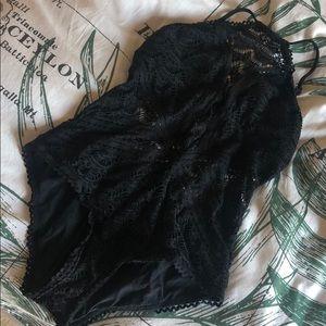 BECCA black swimsuit size L